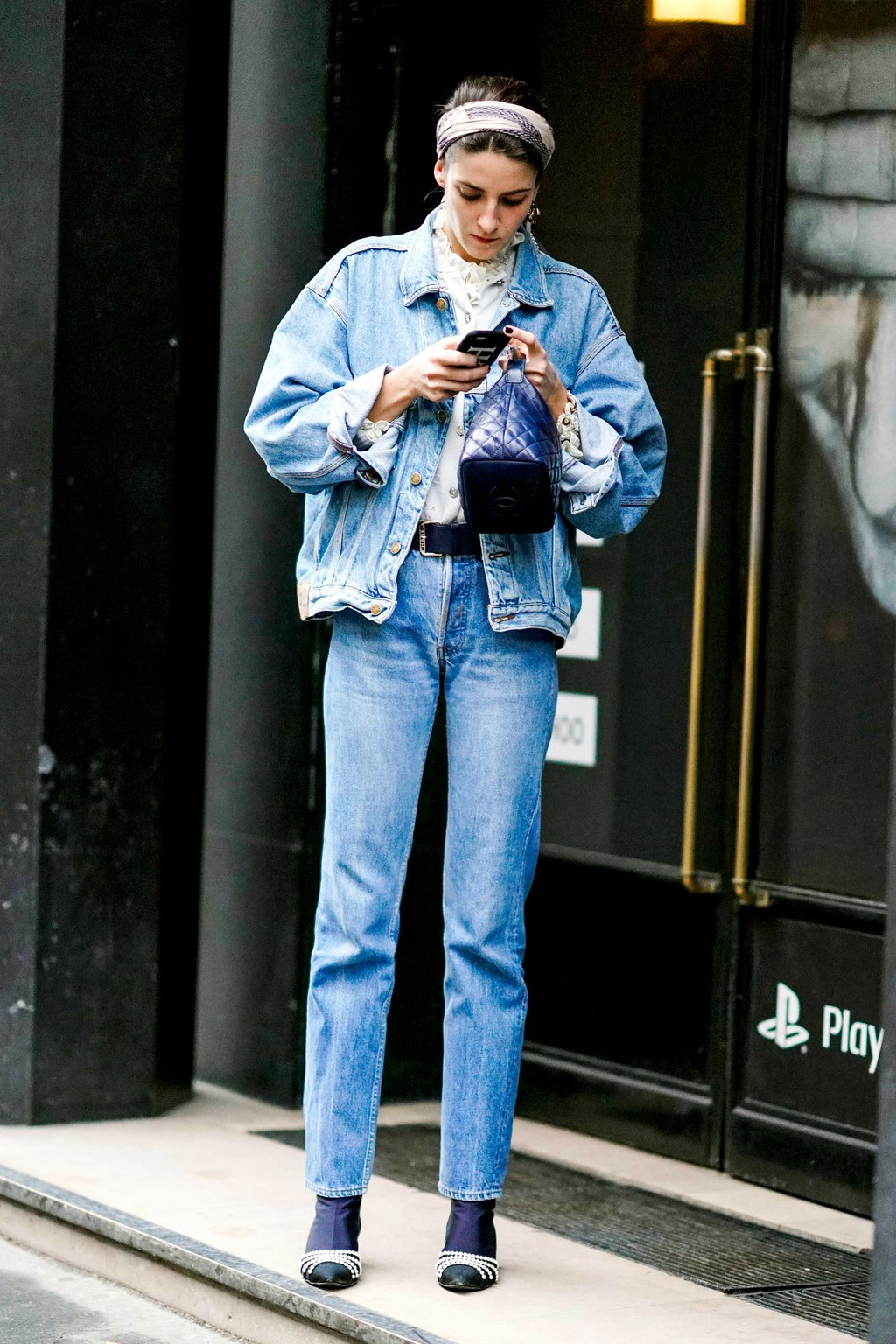 If you have an apple body shape, favor straight-leg jeans